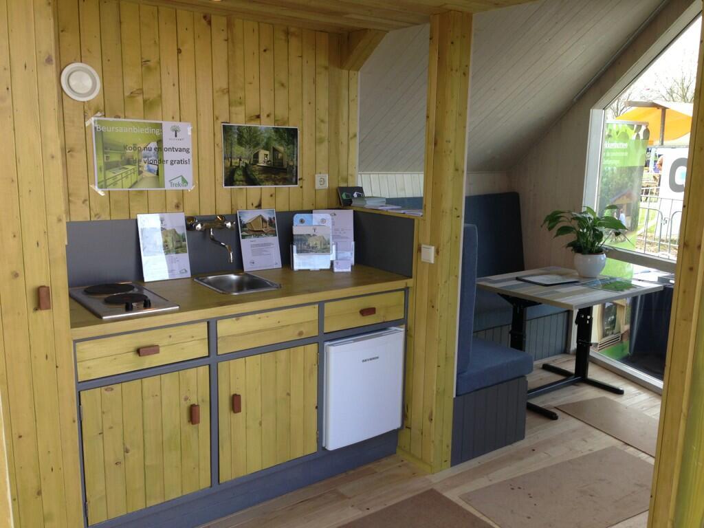 Keuken Met Zithoekje : Keuken met zithoek natuurkampeerterrein de duiventoren